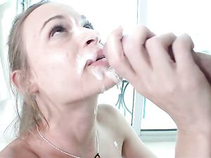 Big Facial Cumshot Looks Thick And Sexy On The Slut