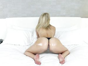 Pretty Blonde Likes Hard Fucking And Hair Pulling
