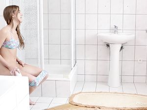 Teen Takes A Piss And Masturbates Her Young Clit