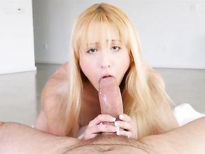 Tiny Cocksucking Teen Spreads Wide To Get Laid