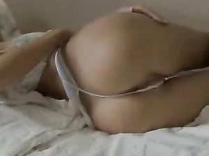 Solo Teen With Kinky Sex Toys Masturbating