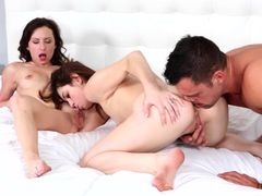 Lovely Teens Threesome And Getting Hot Facials