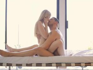 Blonde Babe Riding Her Boyfriend And Getting A Facial