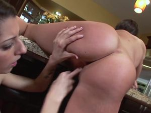 Tight Young Lesbian Cunts Need Hot Licking