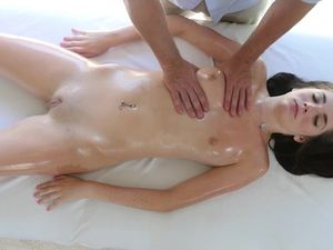 Strong Hands Massage This Young Beauty Erotically